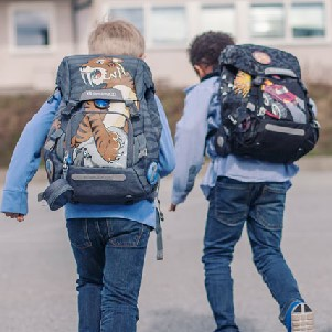 choosing the right backpack for your children