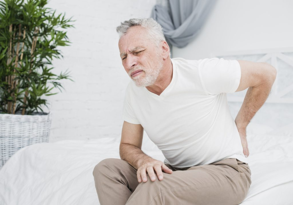 elder-man-with-back-pain